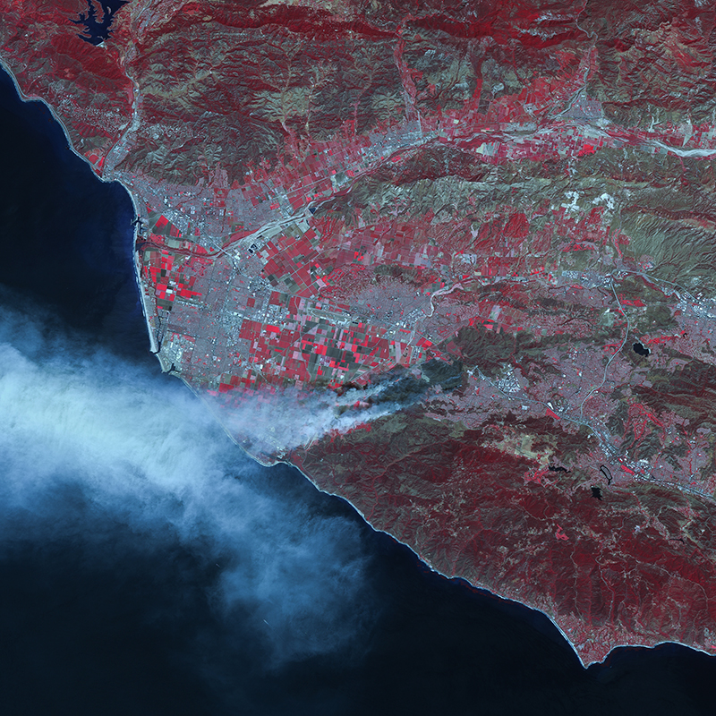 Satellite Image UK-DMC2 - California Wildfires, USA
