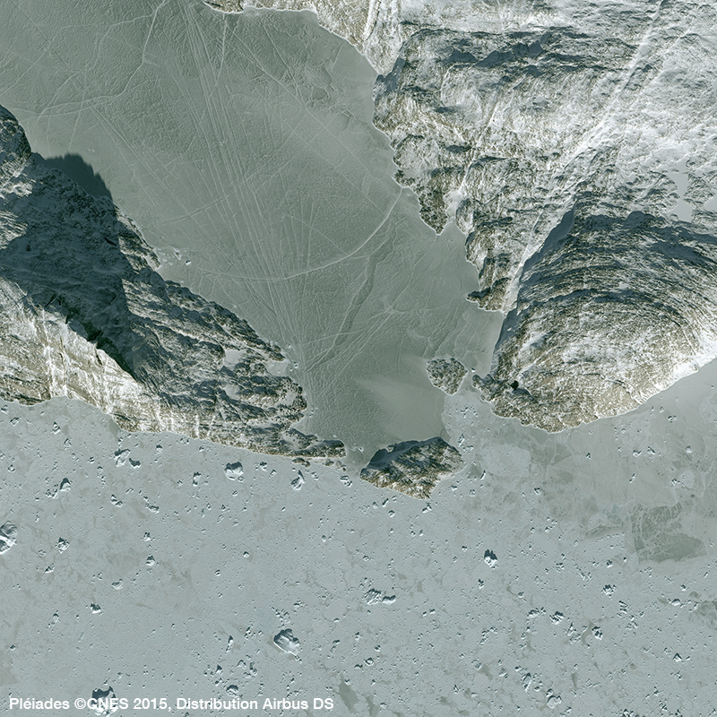 Image Satellite Pléiades - Expedition Polaire sous-marine Under The Pole, Baie d'Uummannaq