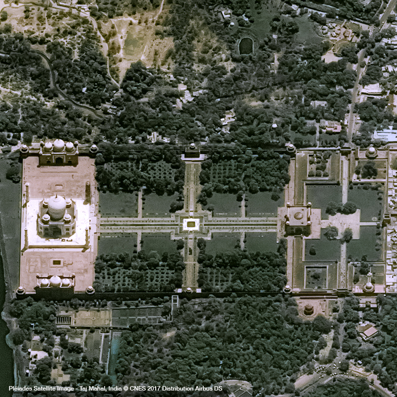 Pléiades Satellite Image - Taj Mahal, India