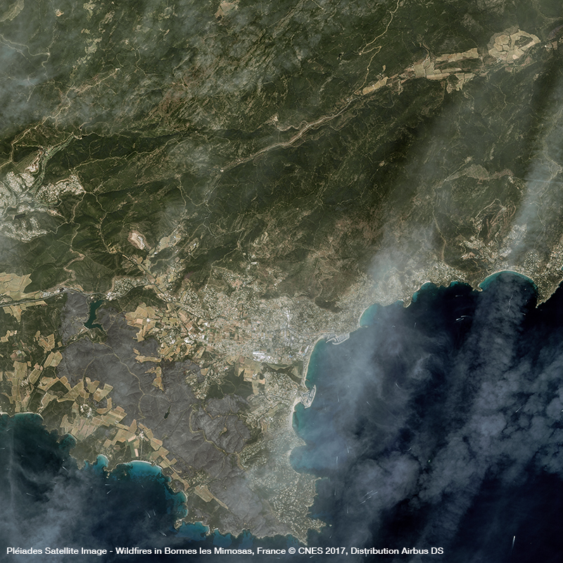 Pléiades Satellite Image  -Wildfires in Bormes les Mimosas, France