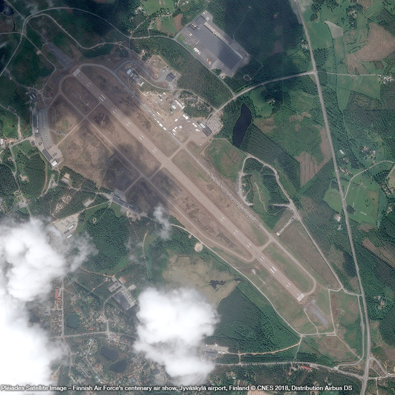 Pléiades Satellite Image – Finnish Air Force's centenary air show