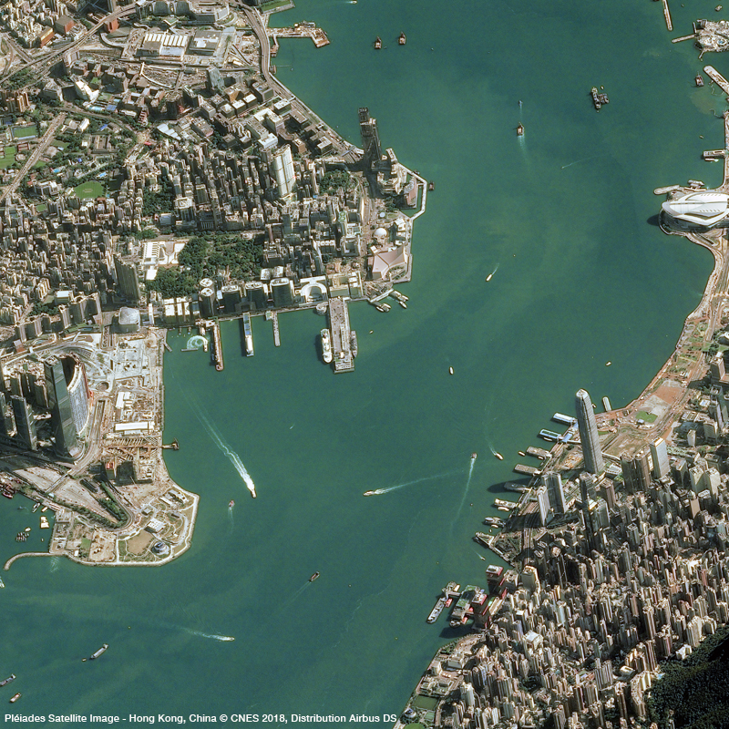 Pléiades Satellite Image -Victoria Harbour, Hong Kong Island and Kowloon Peninsula (40° angle)