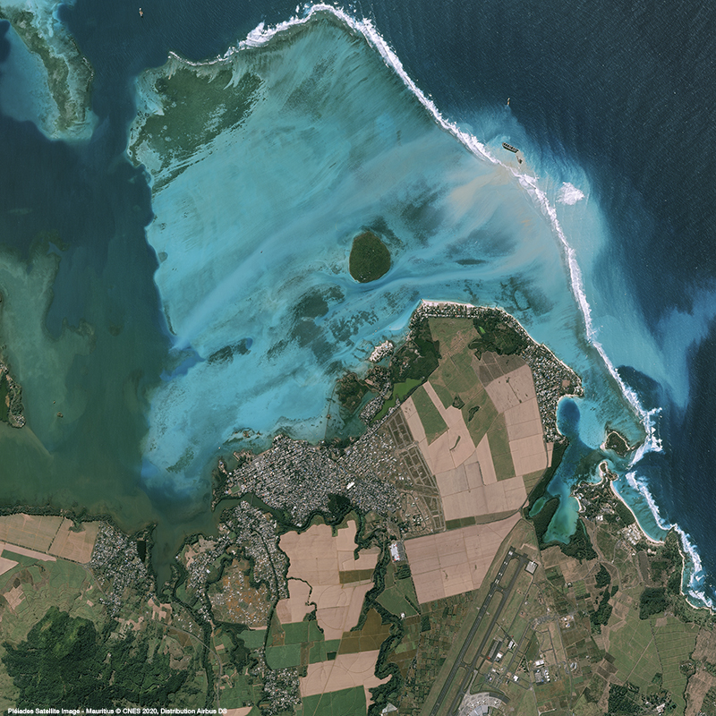 Pléiades - Mauritius oil spill