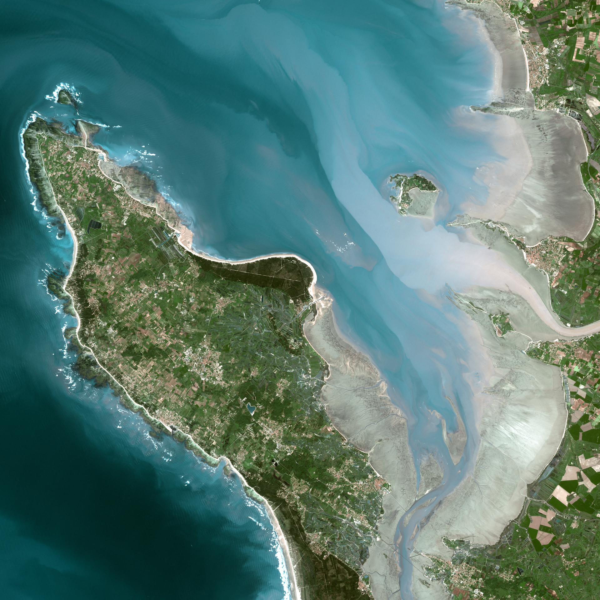 SPOT Satellite Imagery : Airbus Defence and Space