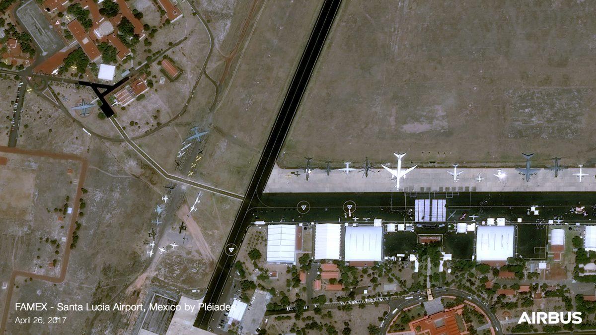 Mexico Santa Lucia airport - Onetasking