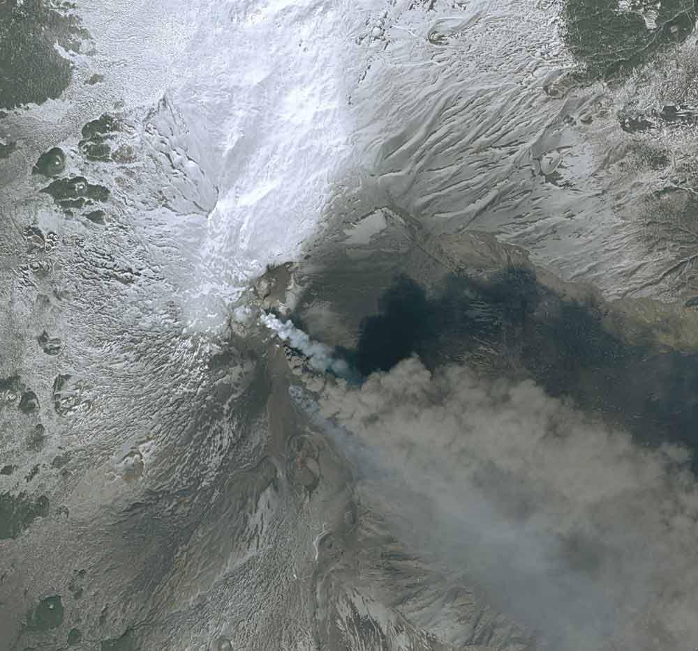 Etna eruption - Onetasking