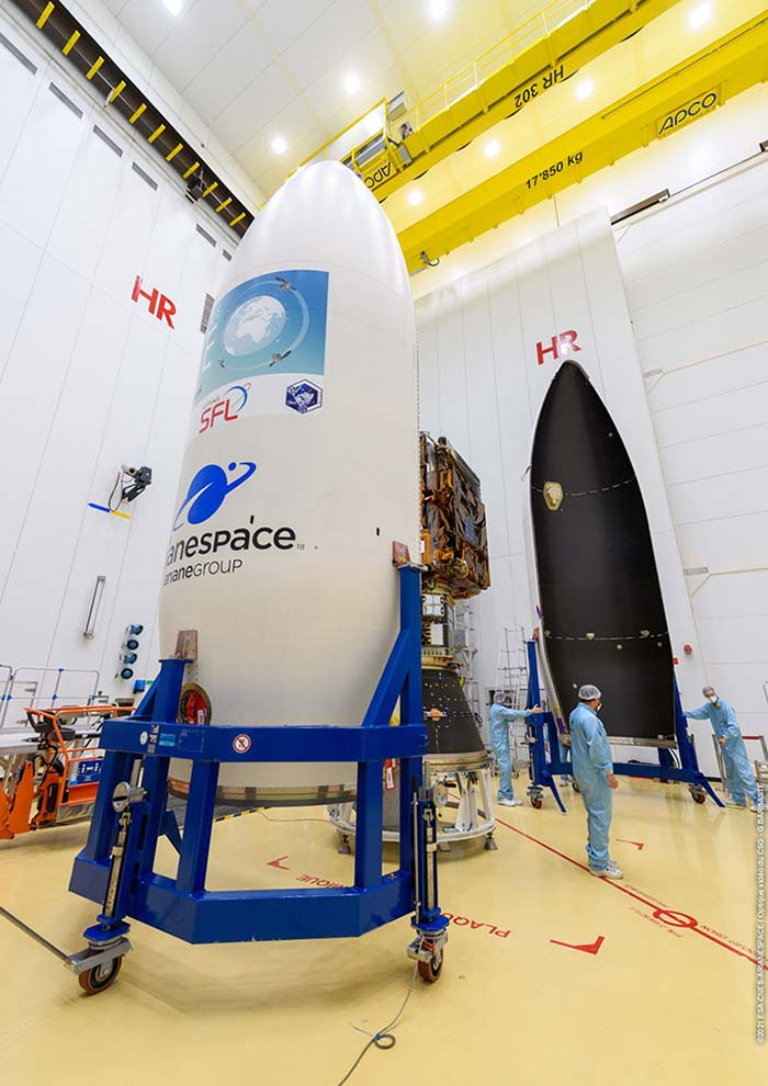Pléiades Neo encapsulated under Vega's fairing
