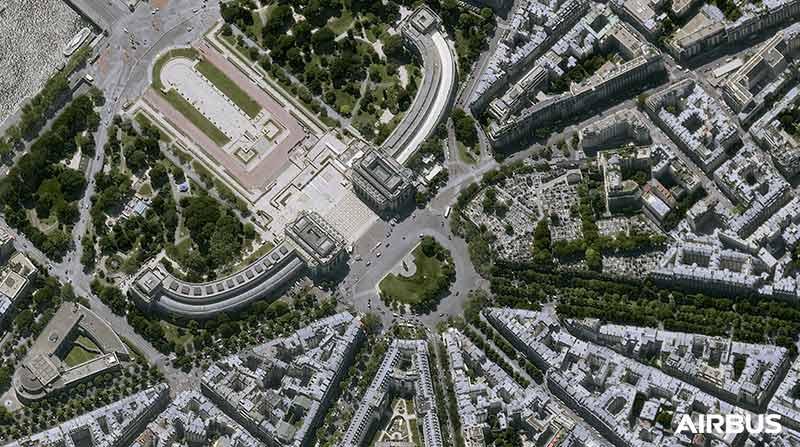 Pléiades Neo - The Trocadero in Paris, France