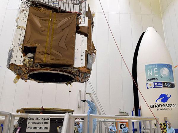 Vega's payload adapter - Pléiades Neo
