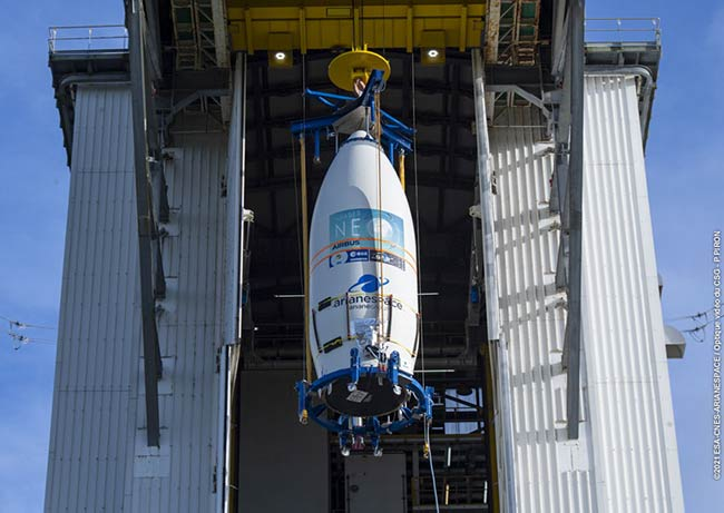 Pléiades Neo - hoisted for the launch