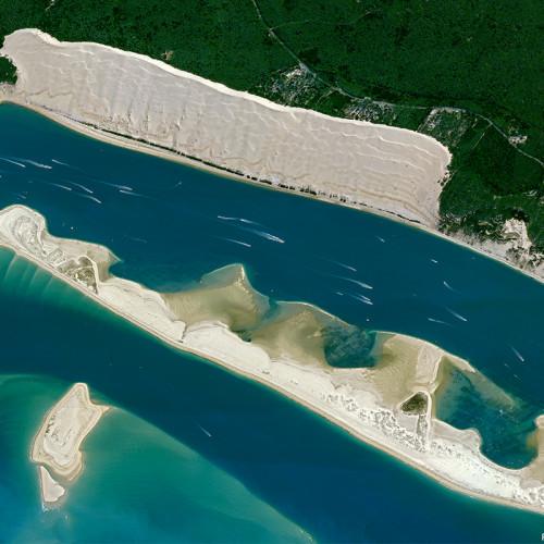 Pléiades Neo satellite image - 30 cm Resolution, Arcachon bay, France