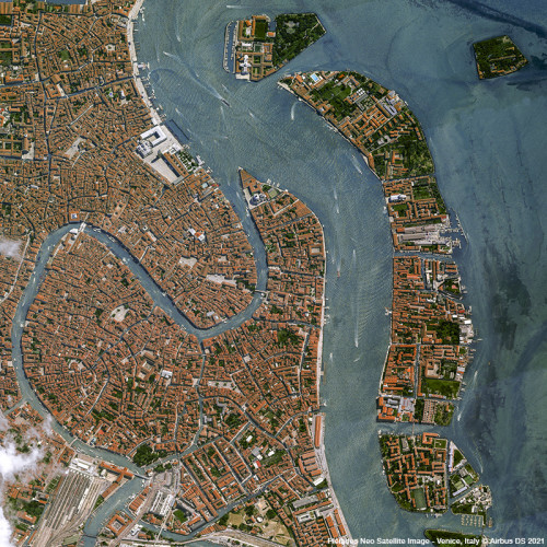 Pléiades Neo satellite image  - Venice, Italy - 30cm resolution